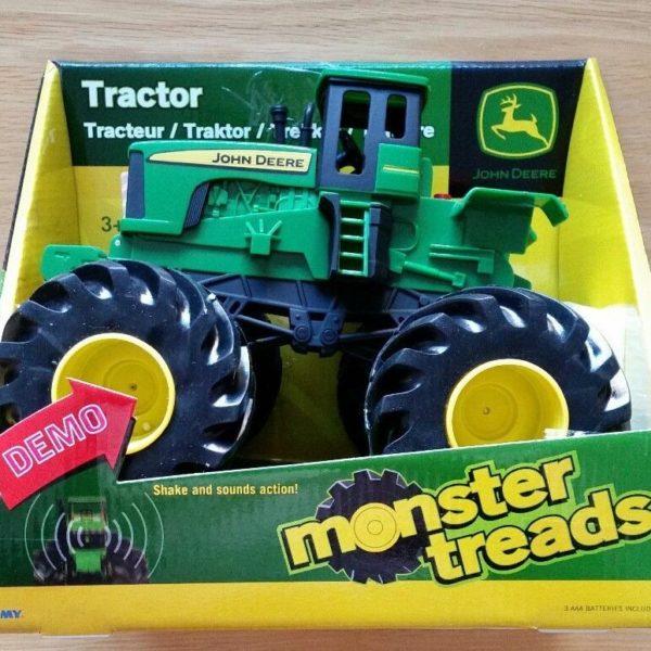 Tomy John Deere  Monster Tread Shakes & Sound Tractor