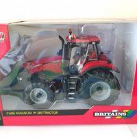 Britains Case/IH Magnum 380 Tractor 1/32 scale