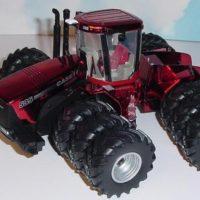 ERTL Case/IH Steiger 535 Tractor - 2010 Farm Show Rare Red Chrome Edition
